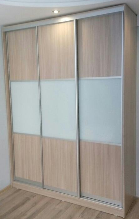 Большой шкаф-купе-Шкаф-купе из стекла Лакобель «Модель 25»-фото1