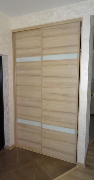 Встроенные шкафы-купе-Шкаф-купе из ЛДСП «Модель 46»-фото1